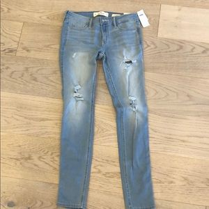 NWT Hollister Low Rise Super Skinny Jeans 5R 27x30